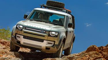 Land Rover Defender off road rocks