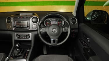 VW Amarok Ultimate 2015 interior