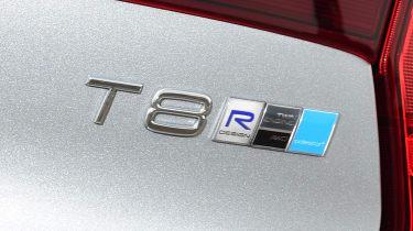 Volvo S90 T8 - T8 badge