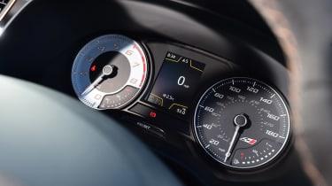 SEAT Leon Cupra R - dials