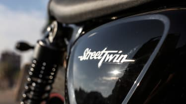 Triumph Street Twin review - graphic
