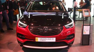 Vauxhall Grandland X Hybrid4 - Frankfurt full front