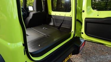 Suzuki Jimny - boot