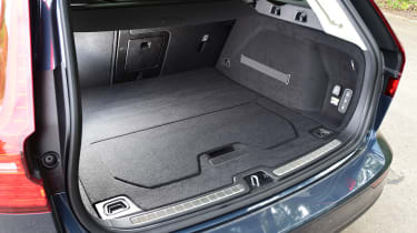 Volvo V60 - boot