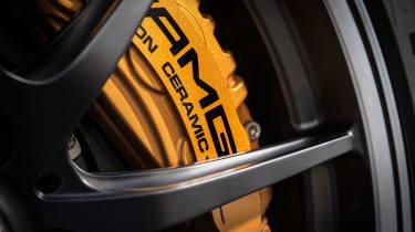 Mercedes-AMG GT R - brakes
