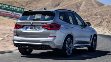 BMW X3 M Competition - rear tracking