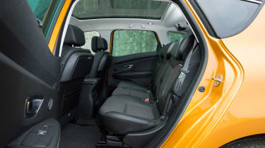 Renault Scenic - rear seats