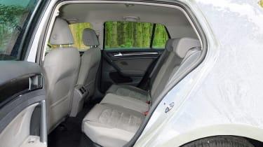 Volkswagen Golf 1.0 BlueMotion DSG rear seats
