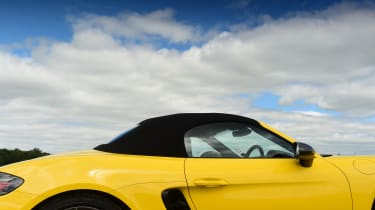 Porsche Boxster T - roof up