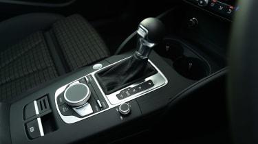 Audi A3 e-tron - gear stick