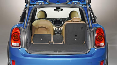 New MINI Countryman - boot seats down
