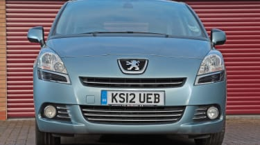Used Peugeot 5008 - full front