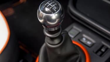 Renault Twingo GT - gearstick
