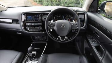 Mitsubishi Outlander - dash