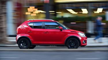 Suzuki Ignis - side