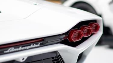 Lamborghini Countach - show rear detail