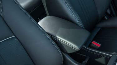 Mazda CX-3 - storage