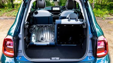 Fiat 500 - boot