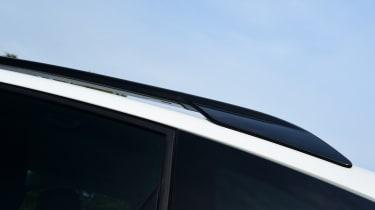 Citroen C3 Aircross - roof rail