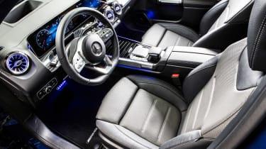 Mercedes GLB - studio cabin