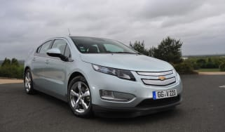 Chevrolet Volt front tracking