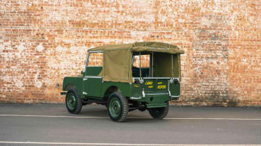 Land Rover Series 1 Reborn - rear