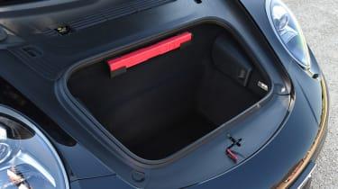 Porsche 911 Targa GTS - boot