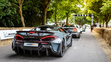 McLaren 600LT - queue