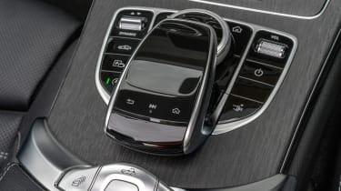 Mercedes C-Class Cabriolet - controls