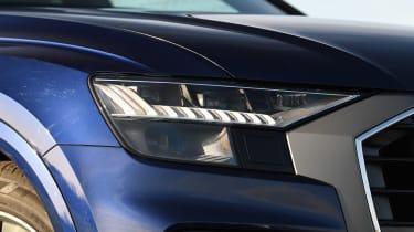 Audi Q8 - front light