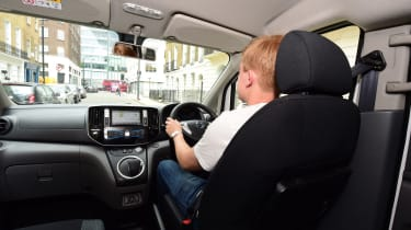 Nissan e-NV200 Combi - driving