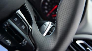 Hyundai i30 N Performance DCT - paddles
