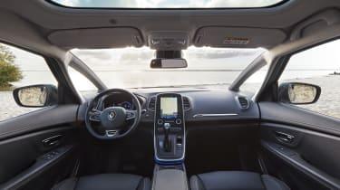 Renault Grand Scenic 2016 - interior
