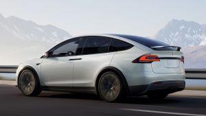 Tesla Model X facelift - rear