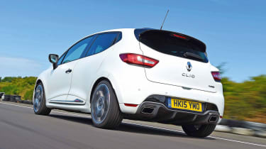 Renault Clio RS 220 Trophy - rear tracking
