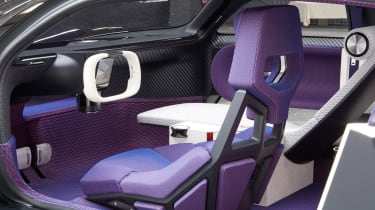 Citroen 19_19 Concept - front seats