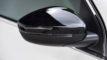 Peugeot 308 - wing mirror