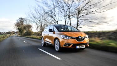 Renault Scenic and Grand Scenic Hybrid Assist - 15