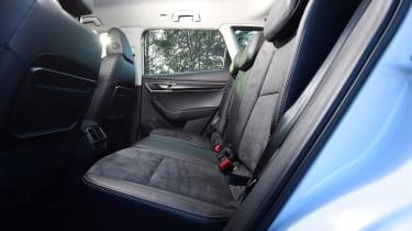 skoda karoq rear seats legroom