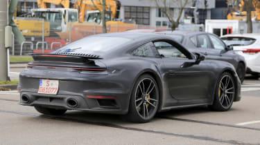 Porsche 911 Turbo S - spyshot 13