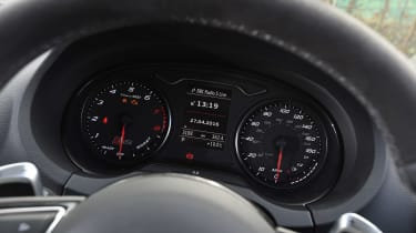 Audi RS3 group - dials