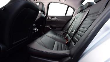 Alfa Romeo Giulia - Rear Seats