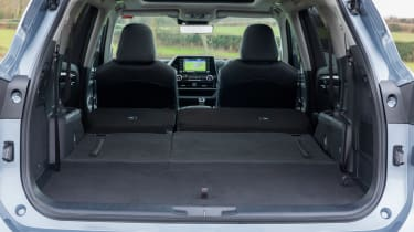 Toyota Highlander - boot seats down