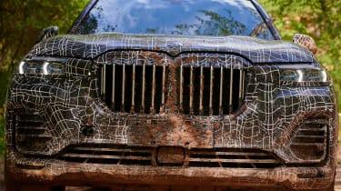 BMW X7 prototype - grille
