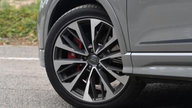 Audi SQ2 - wheel