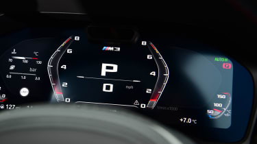 BMW M3 Competition - dials