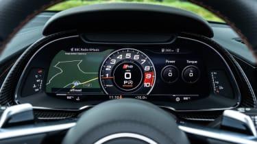 Audi R8 Spyder V10 plus - dials