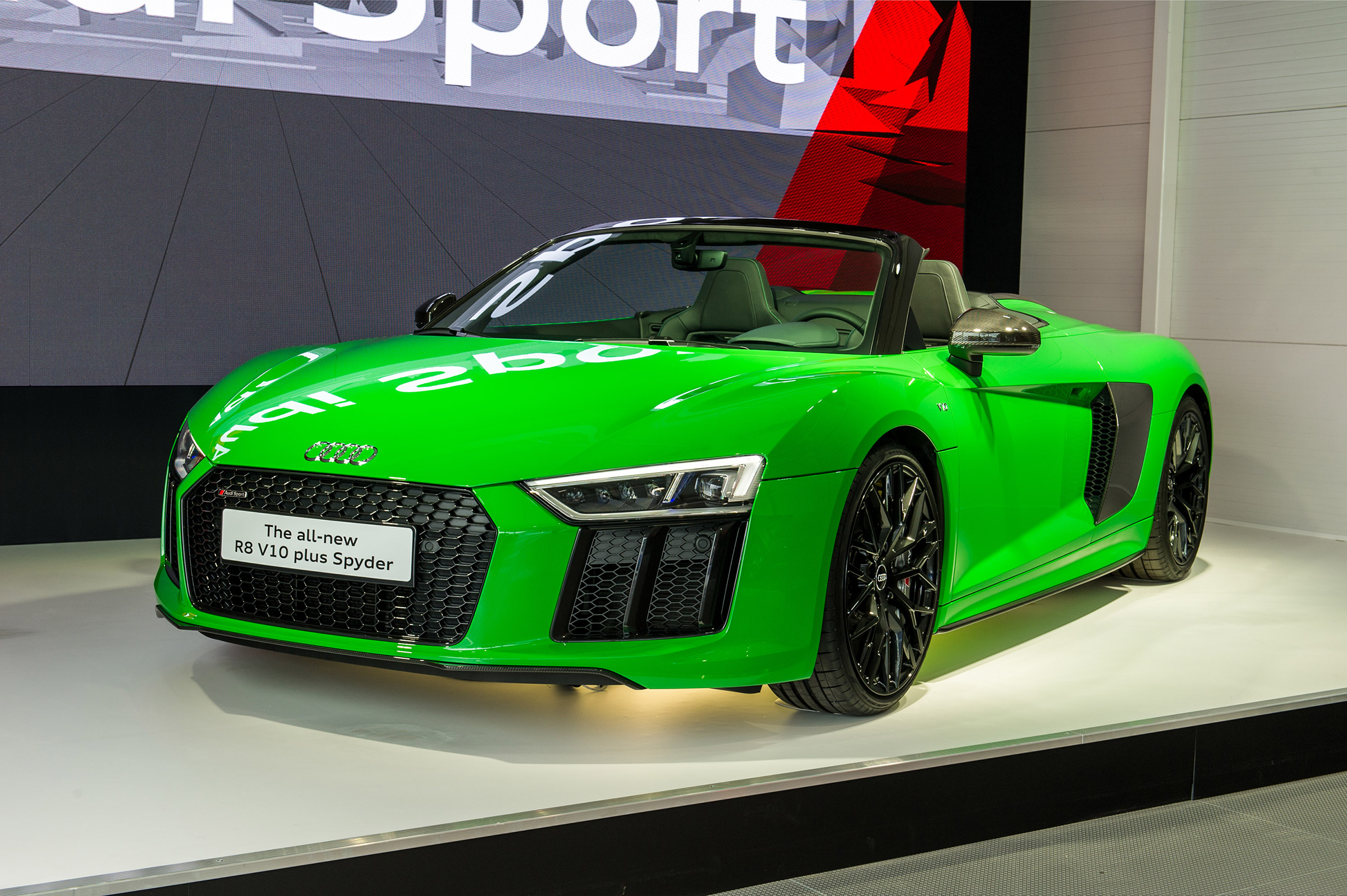 602bhp Audi R8 Spyder V10 Plus Blasts Into Goodwood Auto Express
