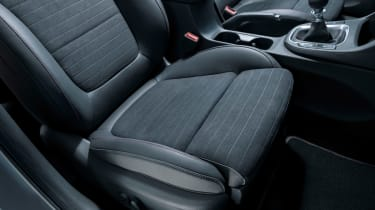 Hyundai i30 N Fastback - seat detail