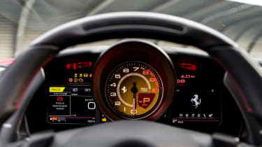 Ferrari F8 Tributo - dials